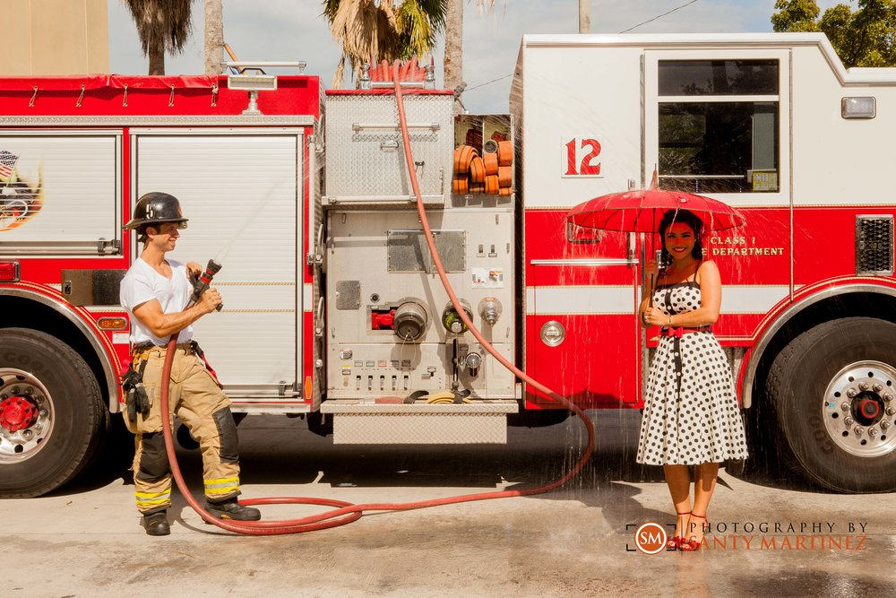 santy-martinez-firefighter-engagement-session-15.jpg