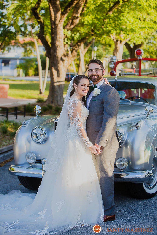 Wedding - Fairways - Crandon Park - Santy Martinez-17.jpg