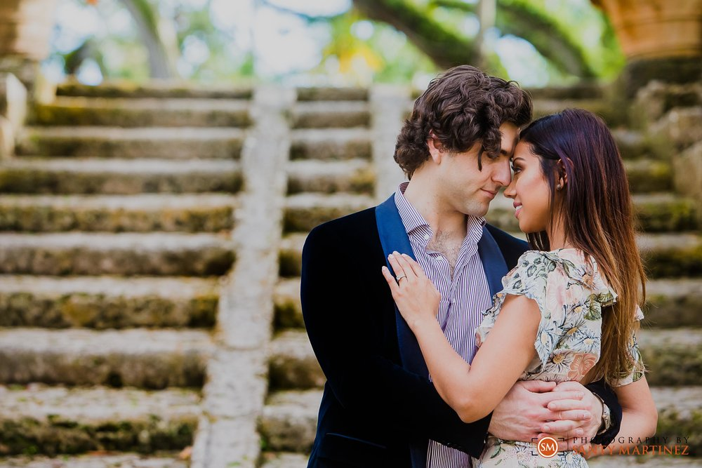 Vizcaya Engagement Session - Santy Martinez Photography-7.jpg