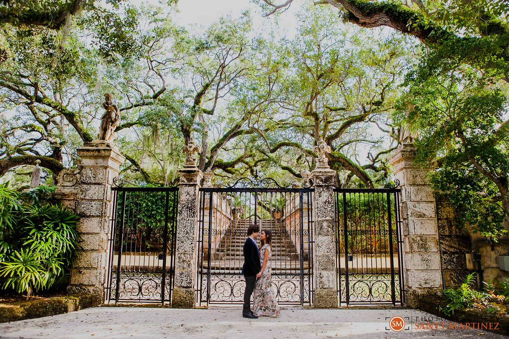Vizcaya Engagement Session - Santy Martinez Photography-8.jpg