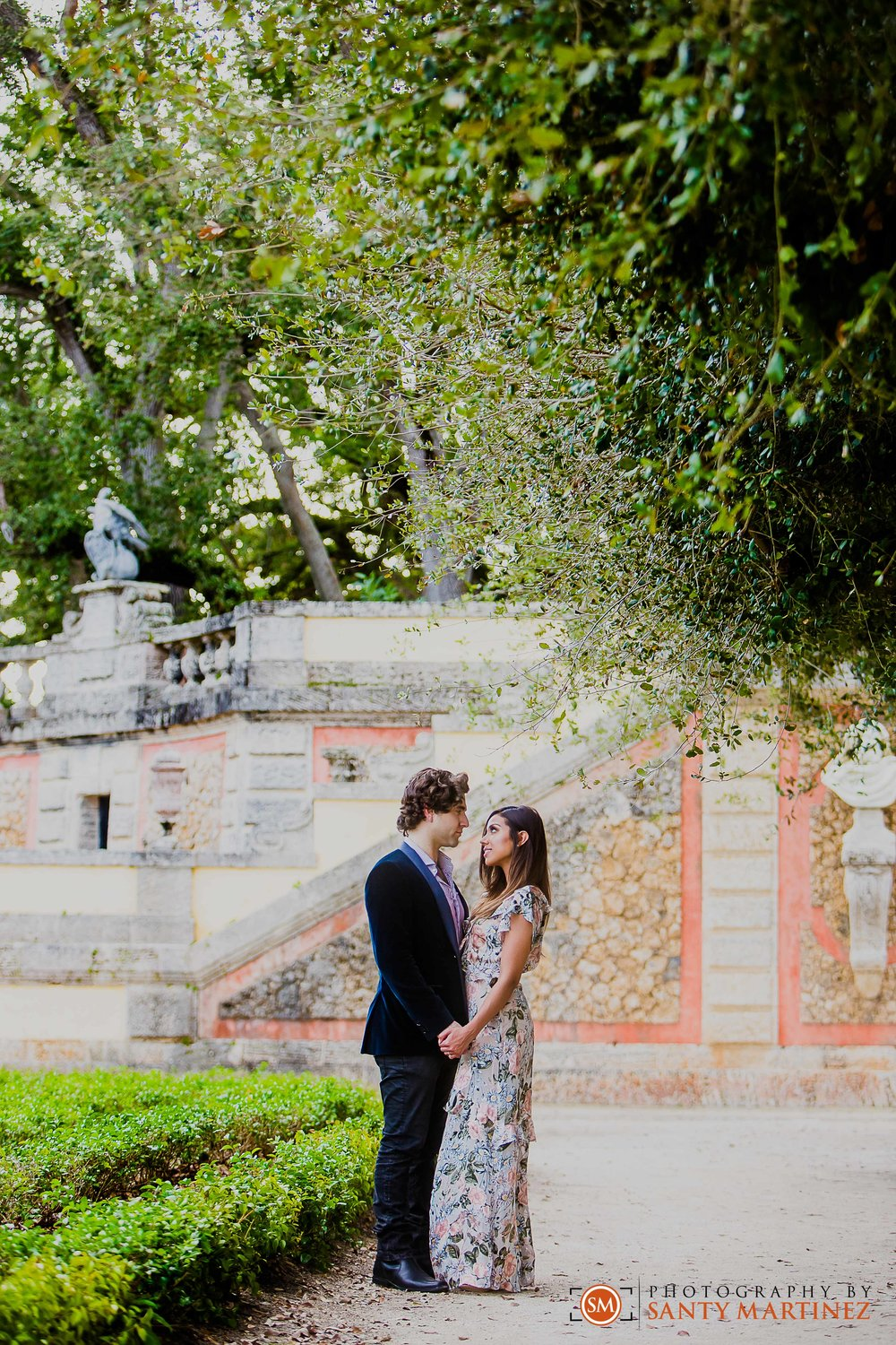Vizcaya Engagement Session - Santy Martinez Photography-14.jpg