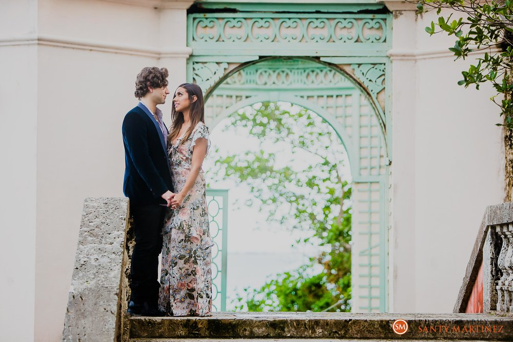 Vizcaya Engagement Session - Santy Martinez Photography-17.jpg