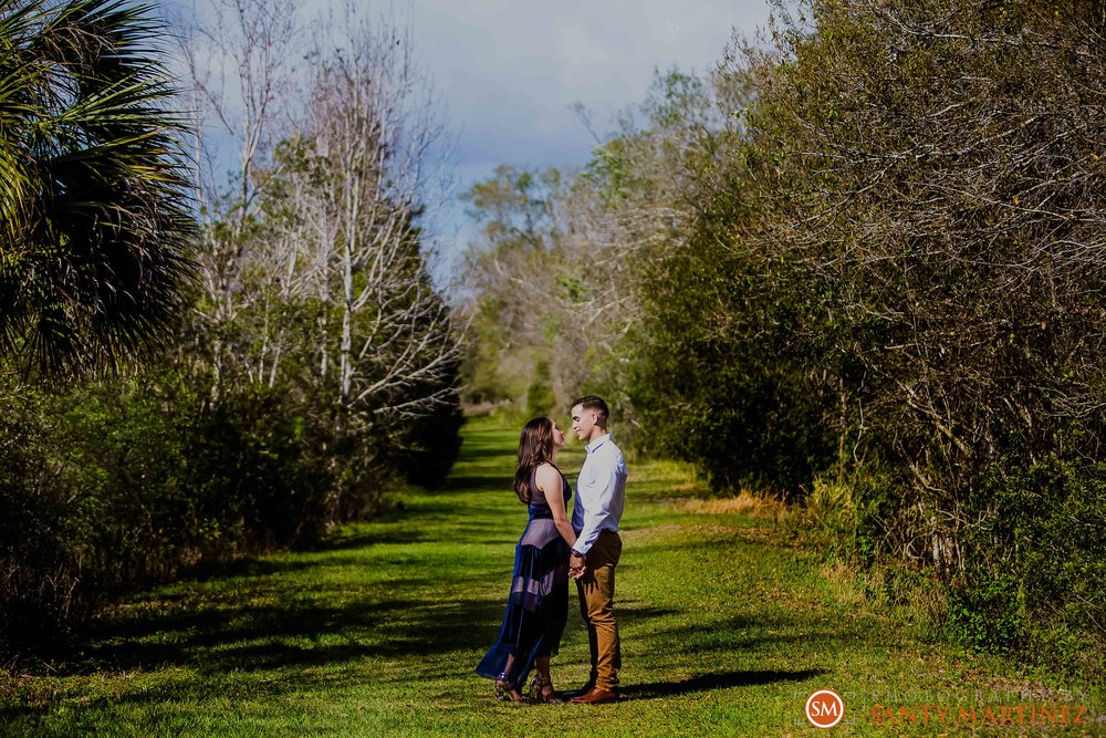 Engagement Session Florida Botanical Gardens - Photography by Santy Martinez-4.jpg