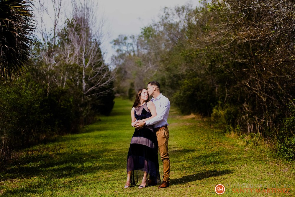 Engagement Session Florida Botanical Gardens - Photography by Santy Martinez-5.jpg