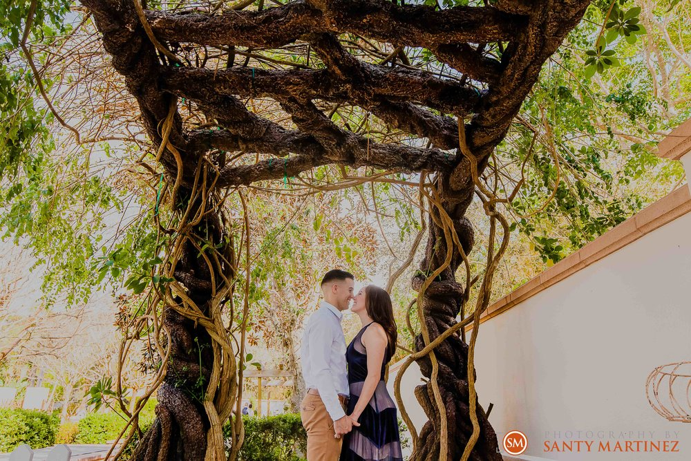 Engagement Session Florida Botanical Gardens - Photography by Santy Martinez-8.jpg