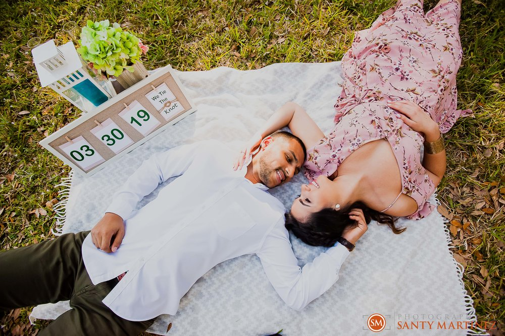Engagement Session Matheson Hammock Park - Photography by Santy Martinez-5.jpg