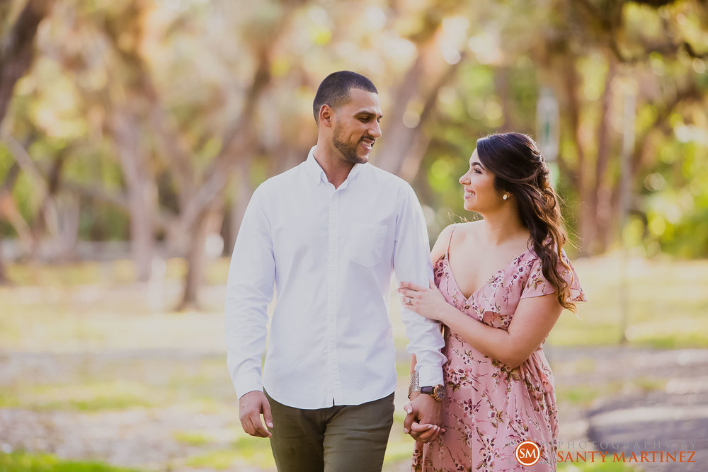 Engagement Session Matheson Hammock Park - Photography by Santy Martinez-8.jpg