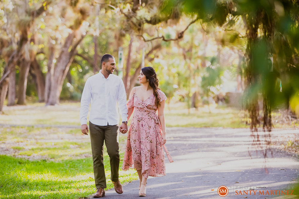 Engagement Session Matheson Hammock Park - Photography by Santy Martinez-7.jpg