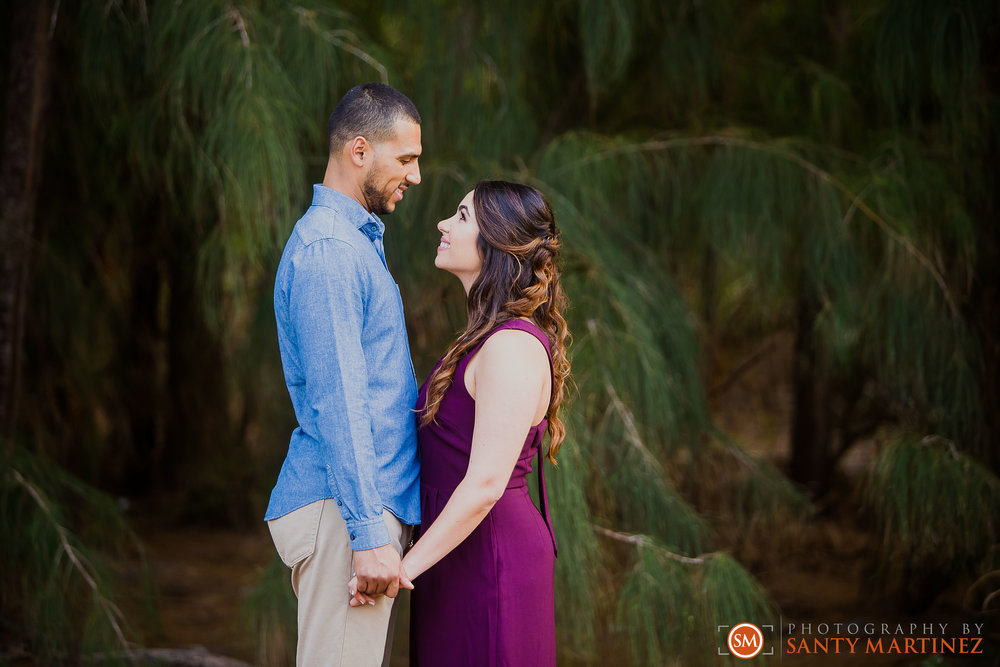 Engagement Session Matheson Hammock Park - Photography by Santy Martinez-17.jpg