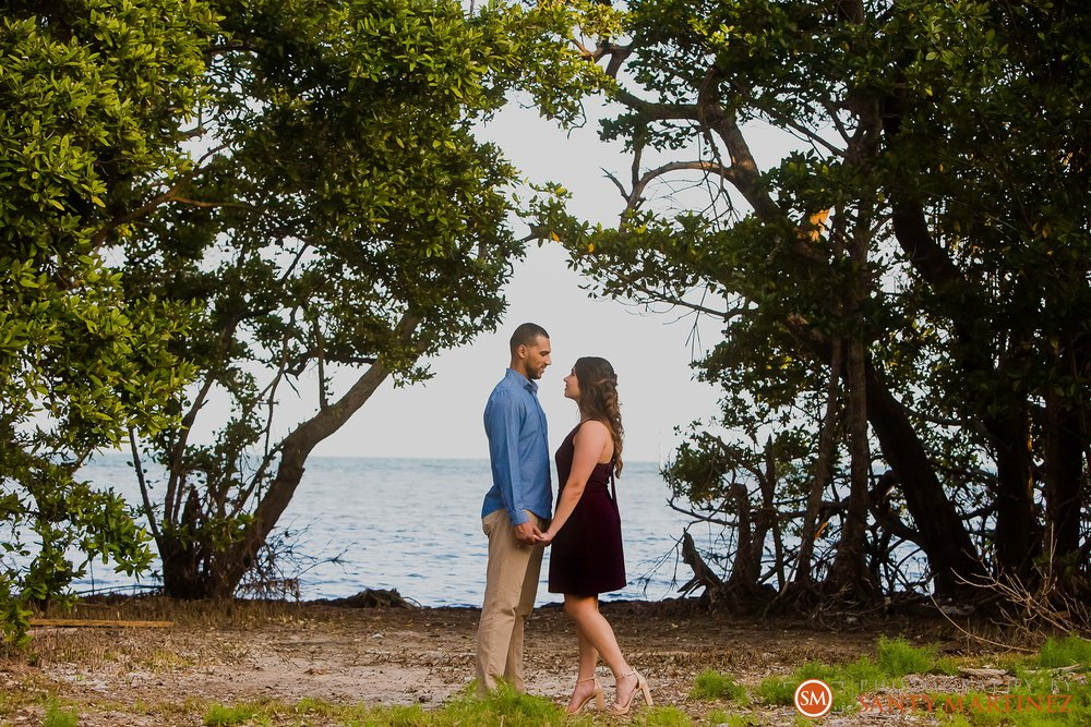 Engagement Session Matheson Hammock Park - Photography by Santy Martinez-22.jpg