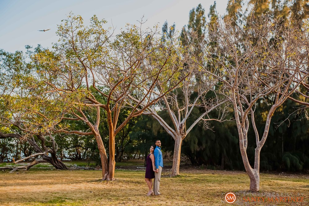 Engagement Session Matheson Hammock Park - Photography by Santy Martinez-21.jpg