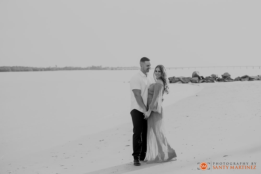 Miami Engagement Session - Key Biscayne - Photography by Santy Martinez-8.jpg