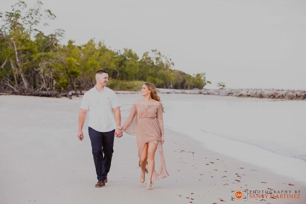 Miami Engagement Session - Key Biscayne - Photography by Santy Martinez-9.jpg