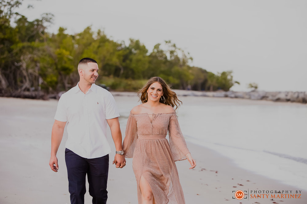 Miami Engagement Session - Key Biscayne - Photography by Santy Martinez-10.jpg