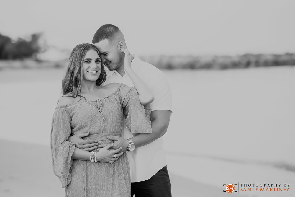 Miami Engagement Session - Key Biscayne - Photography by Santy Martinez-13.jpg