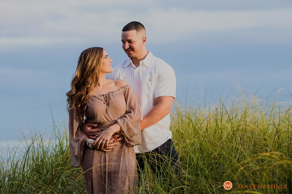 Miami Engagement Session - Key Biscayne - Photography by Santy Martinez-18.jpg
