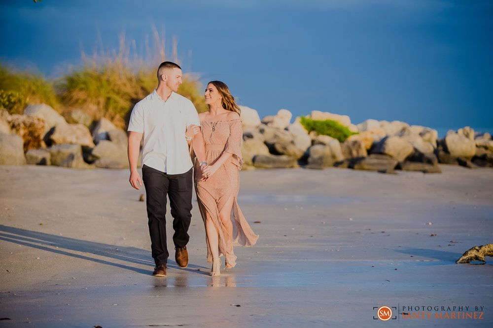 Miami Engagement Session - Key Biscayne - Photography by Santy Martinez-19.jpg