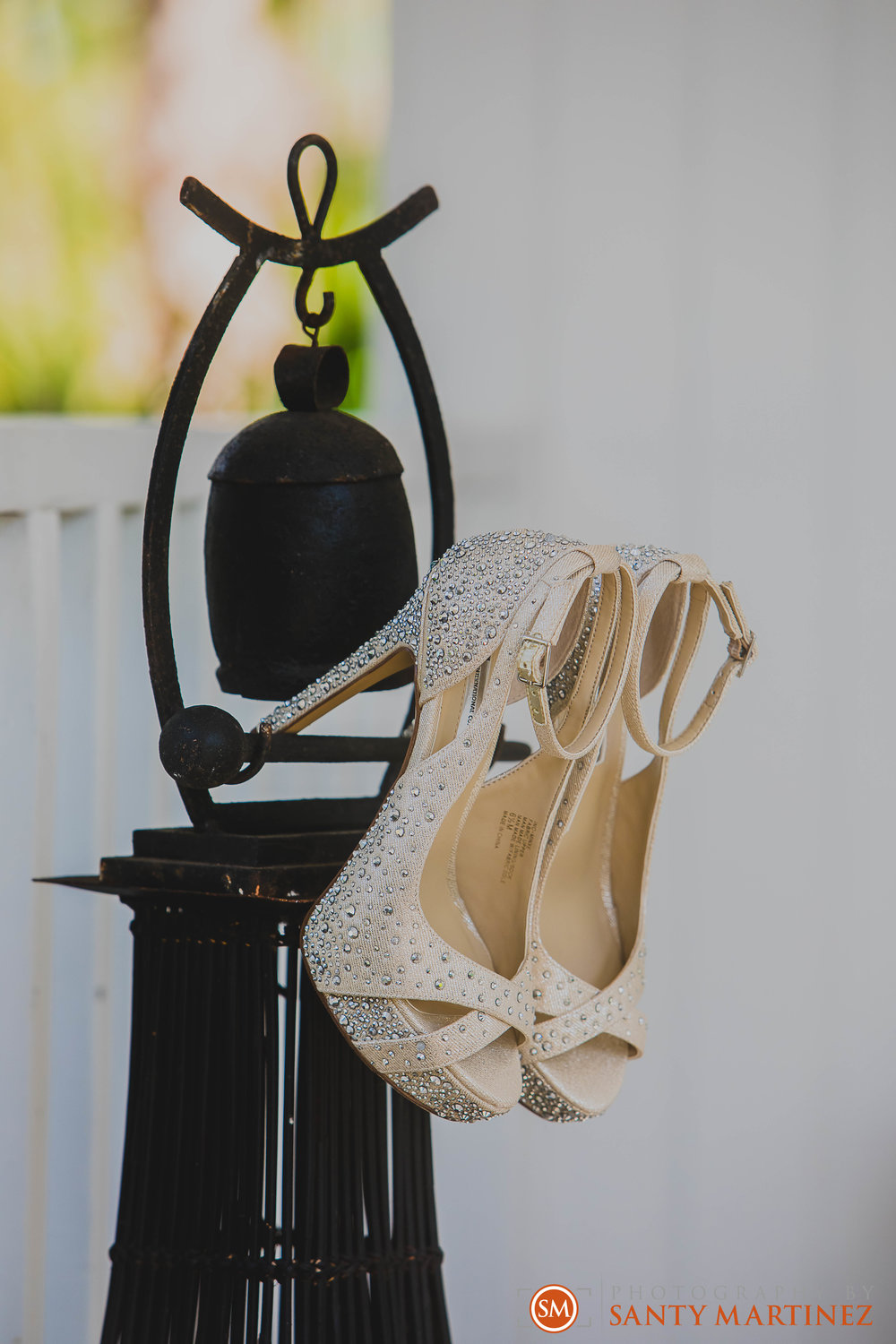 Wedding - Whimsical key West House - Photography by Santy Martinez-4.jpg