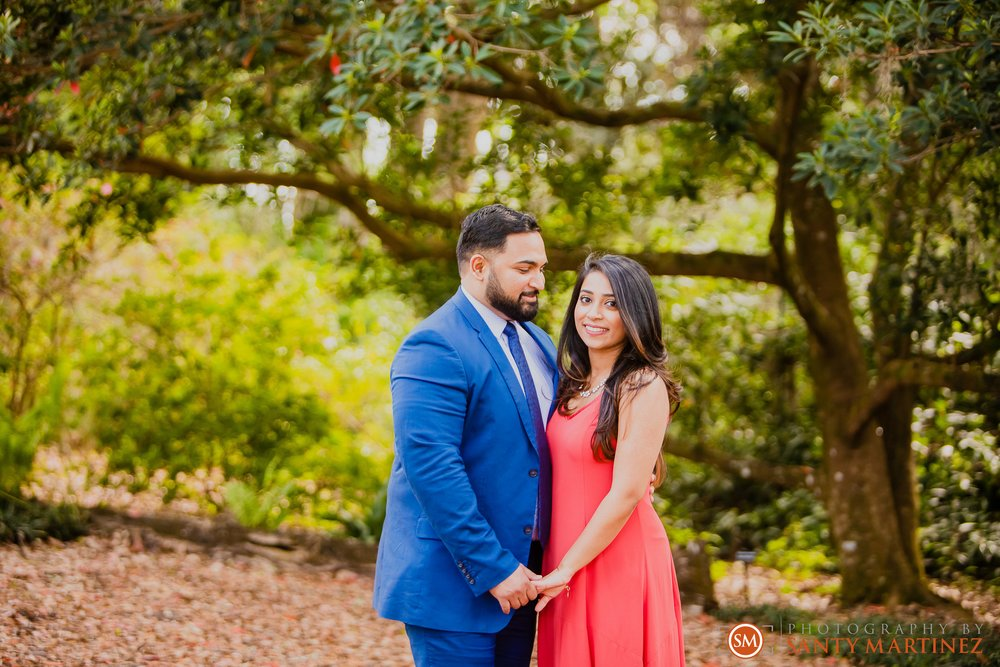 Engagement Session Bok Tower Gardens - Santy Martinez Photography.jpg