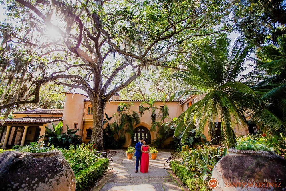 Engagement Session Bok Tower Gardens - Santy Martinez Photography-15.jpg