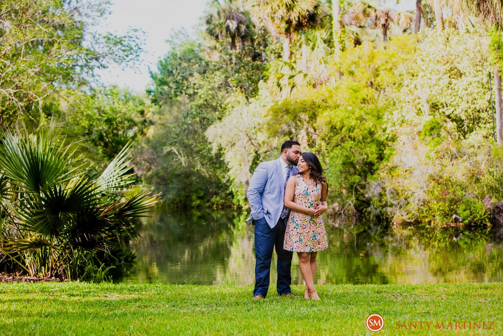 Engagement Session Bok Tower Gardens - Santy Martinez Photography-17.jpg