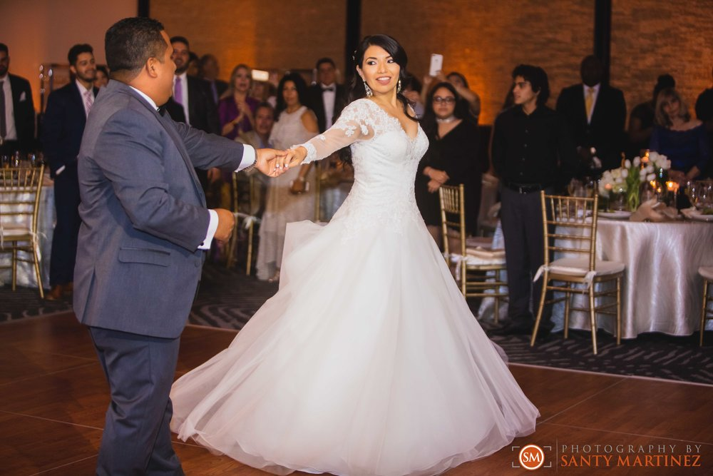 Wedding Epic Hotel Miami - Photography by Santy Martinez-38.jpg