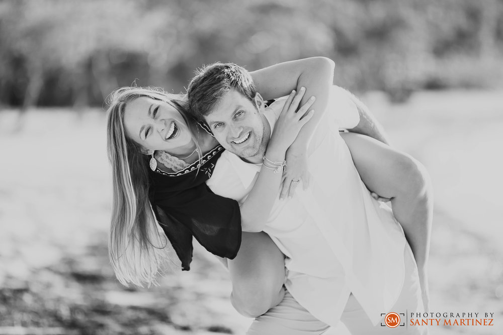 Key Biscayne Engagement Session - Santy Martinez - Miami Wedding Photographers-13.jpg