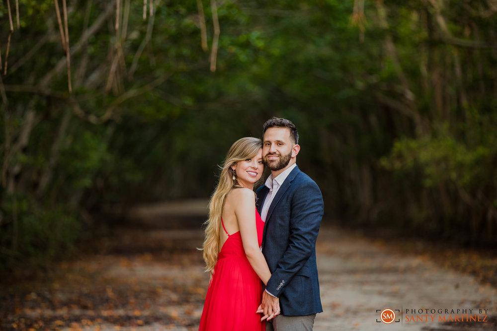 Engagement Session - Matheson Hammock Park - Santy Martinez Wedding Photographer-13.jpg