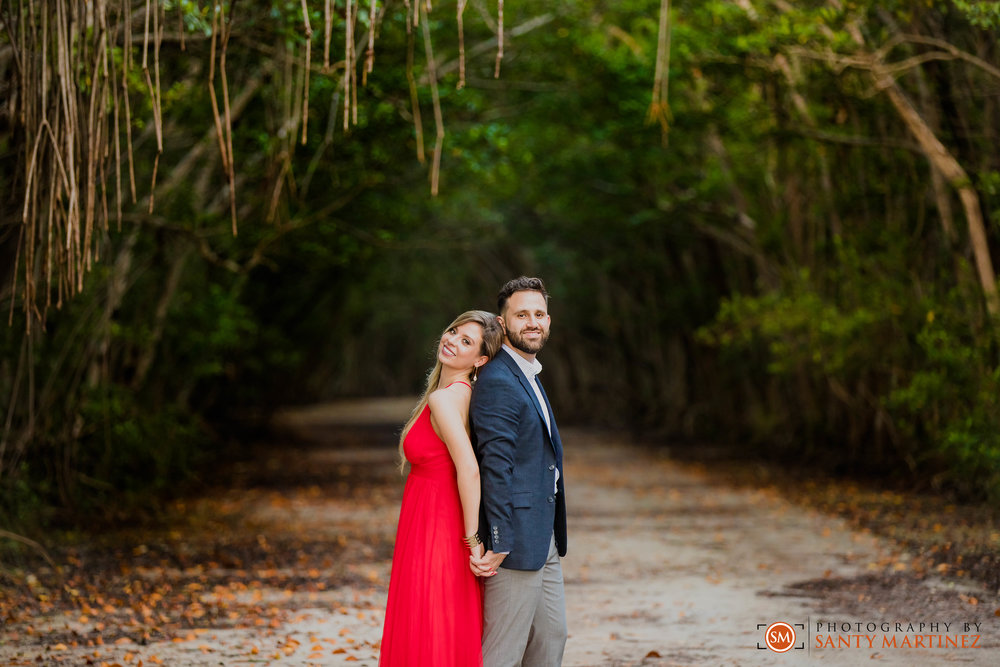 Engagement Session - Matheson Hammock Park - Santy Martinez Wedding Photographer-15.jpg
