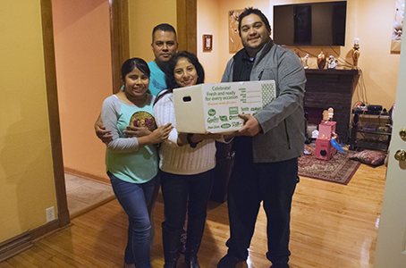 Jociel and his wife & daughter, a truly hardworking family. A true blessing to their community.