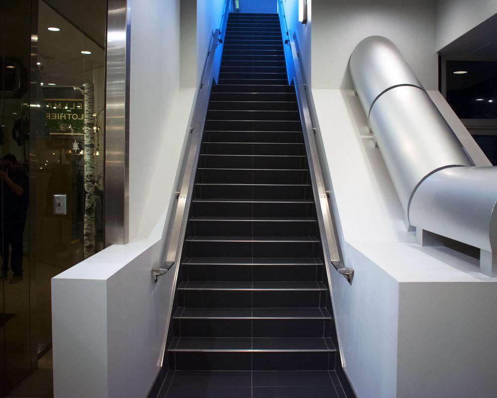 Cincinnati Skywalk stairs