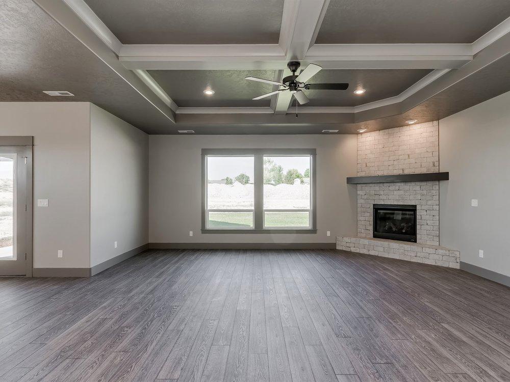 036_Living Room .jpg