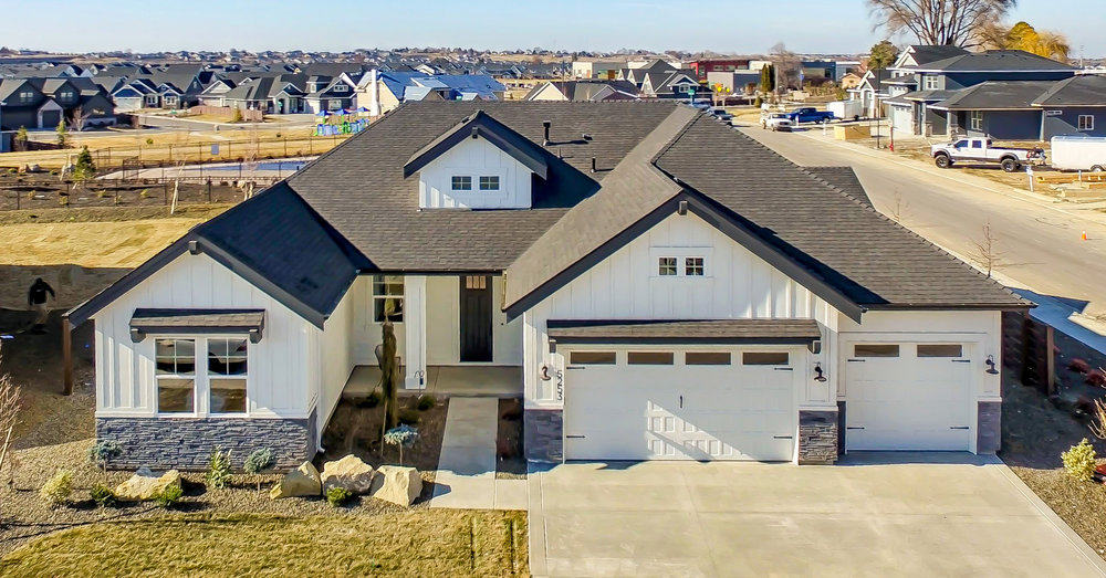 The Belmont - SINGLE LEVEL | 4 BED | 3 BATH | 3 CAR | 2543 SF | FULL GUEST SUITE & HOME MGMT CENTER