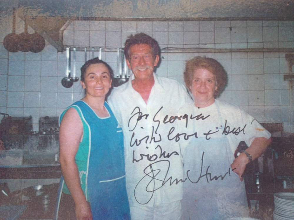 John Hurt with Nikoleta and Georgia Dendrinos