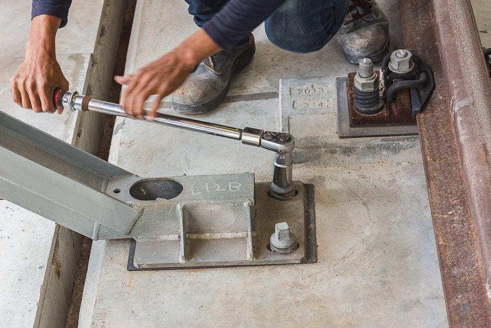 Concrete Anchor Installer