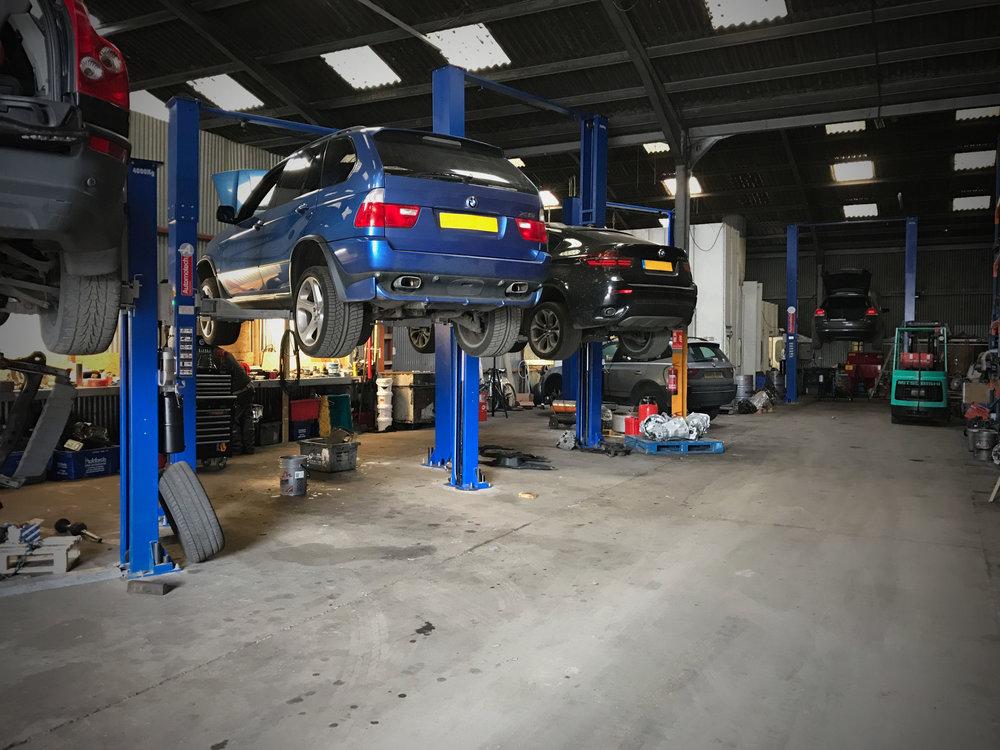 re engineered transmissions | repairs | london I essex | kent | hertfordshire | sussex | surrey | gearbox rebuilds | garage interior