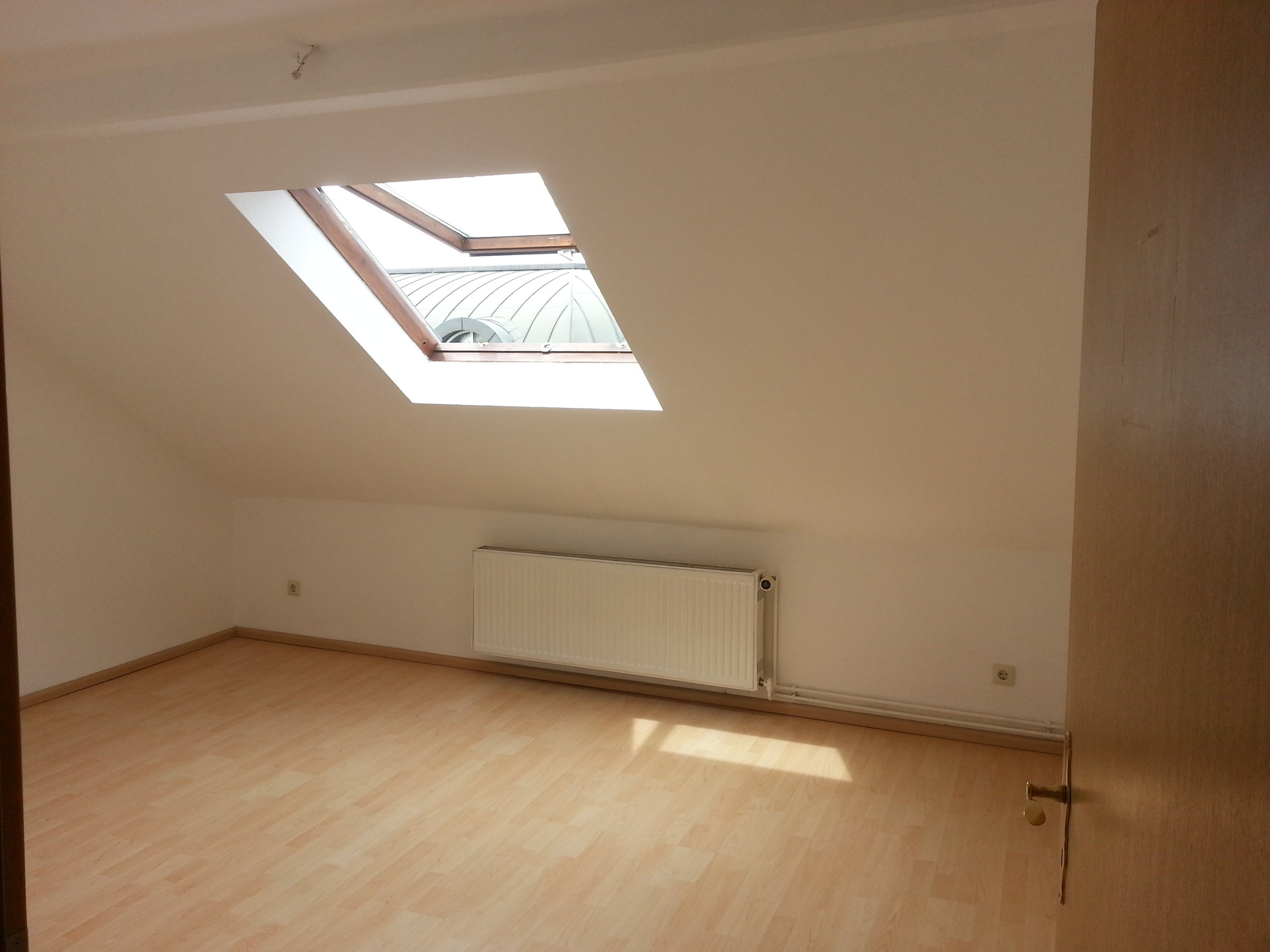 Kleine 2 Zimmer Altbauwohnung in ruhigem Hinterhaus sucht Nachmieter ...