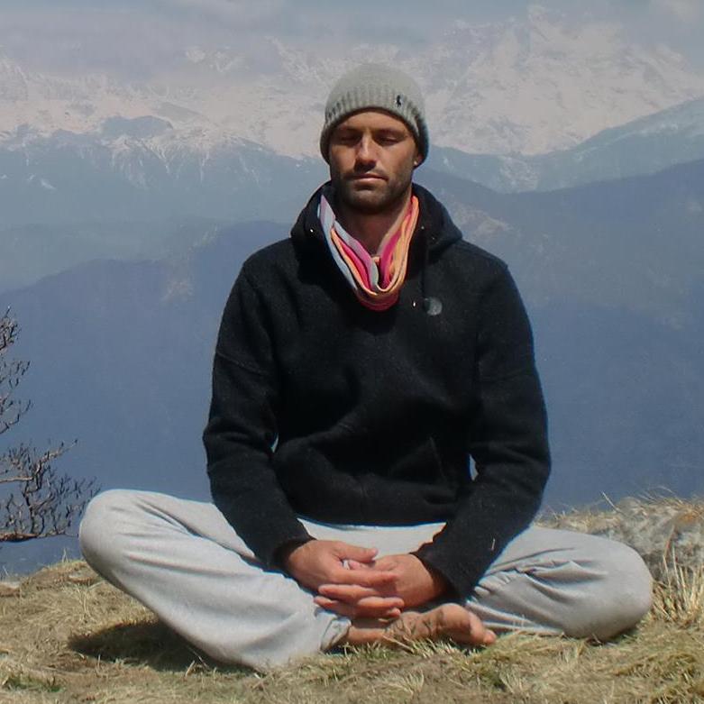 Miguel BenitezInglott - YogaBe Slow Yoga Studio