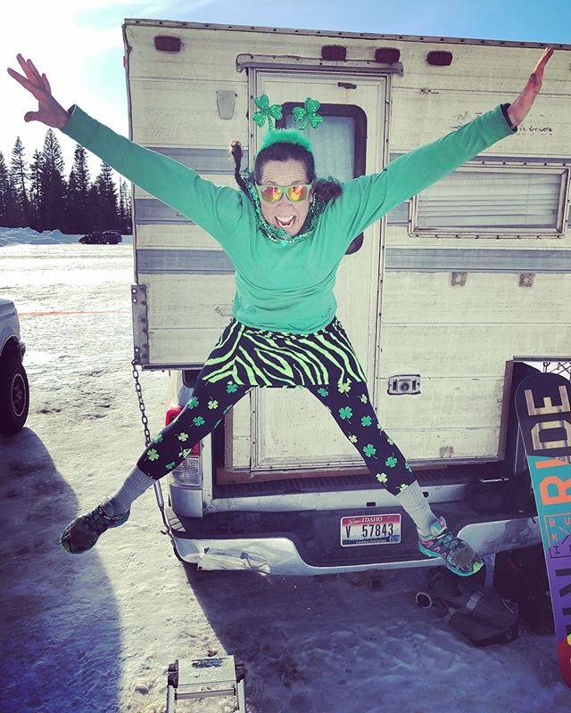 FunLuvin' crew celebrating St. Patrick's Day at Brundage!! #funluvin #fleececlothing #funluvinfleecewear #springskiing #madewithlove #luvinfun #skiingskirt #hikingskirt