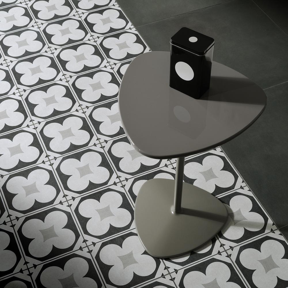 porcelain-cementine-b-w4-install.jpg