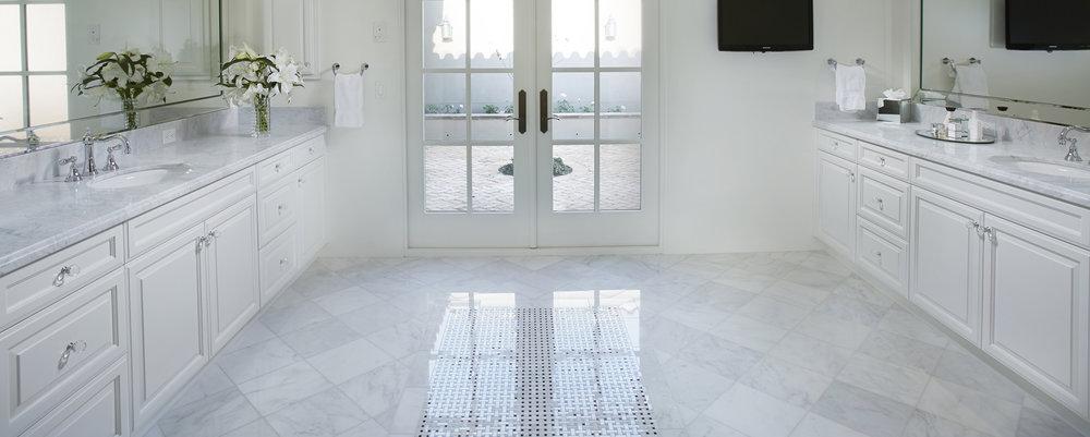 marble-bianco-carrara-install-hero2.jpg