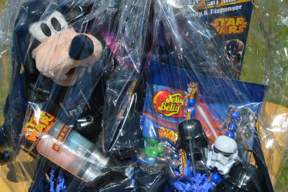 Disney Star Wars Darth Goofy Basket and More