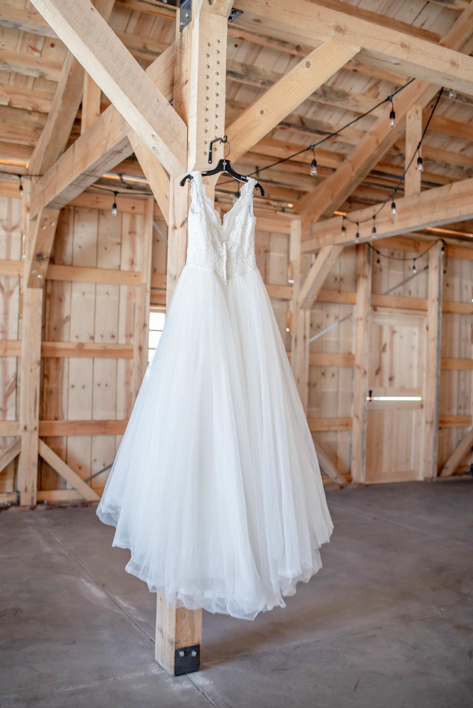 bridal gown barn weddings 2.jpg