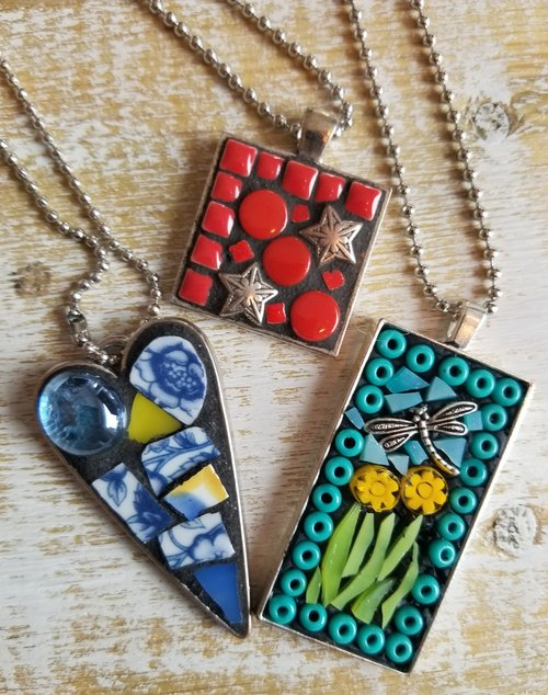 Fri may 4th from 6pm 830pm mommy and daughters mosaic fri may 4th from 6pm 830pm mommy and daughters mosaic pendant making night out aloadofball Image collections