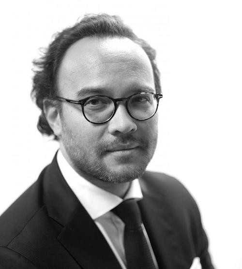 Fiscalité internationale - Emmanuel DINHCo-directeur du Master 221 « Fiscalité de l'Entreprise » et Maitre de Conférence de Droit privé