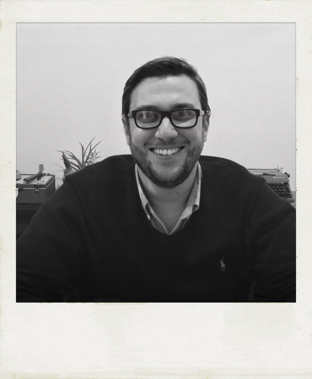 joel larosa - JOEL LAROSA IS THE FOUNDER OF JOEL LAROSA DESIGN, A LEICESTER BASED INTERIOR DESIGN AND PROJECT MANAGEMENT BUSINESS SPECIALISING IN BESPOKE KITCHENS AND BATHROOMS. JOEL LIVES IN LEICESTER WITH HIS WIFE AND PUGALIER KOIRA.