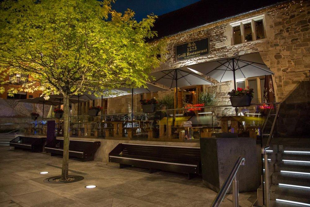 1573 Restaurant.jpg