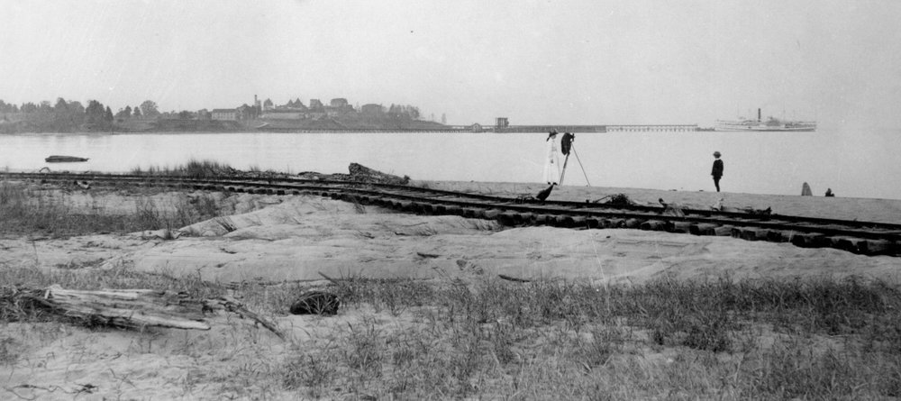 Bay Ridge Electric Railway tracks. Looking across the water you can see the Bay Ridge Resort. Date: Unknown. Source: Maryland State Archives.