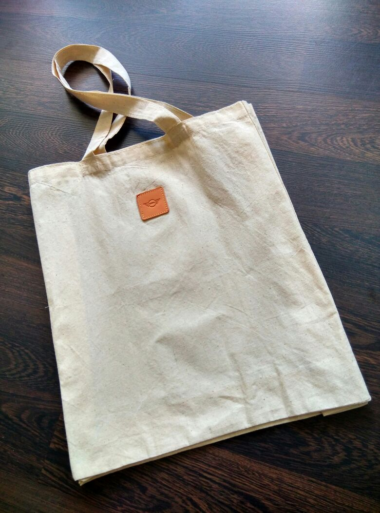 34life-corporate-events-workshops-gifts-products-designs-34-corporategifts-premiumgifts-doorgifts-minicooper-canvas-tote-02.jpg