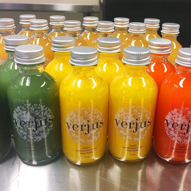 We are testing some new superfood hot sauce recipes and are excited to offer these sweet little bottles on Saturday! 🔥🔥🔥These lacto-fermented hot sauces are made with local organic peppers and include ingredients like spirulina and raw turmeric root.  Color as electric as it's flavor!  #gutfriendly #farmersmarket #organic
